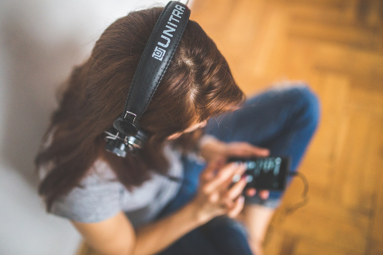 5 Ways to Become a More Media-Savvy Parent