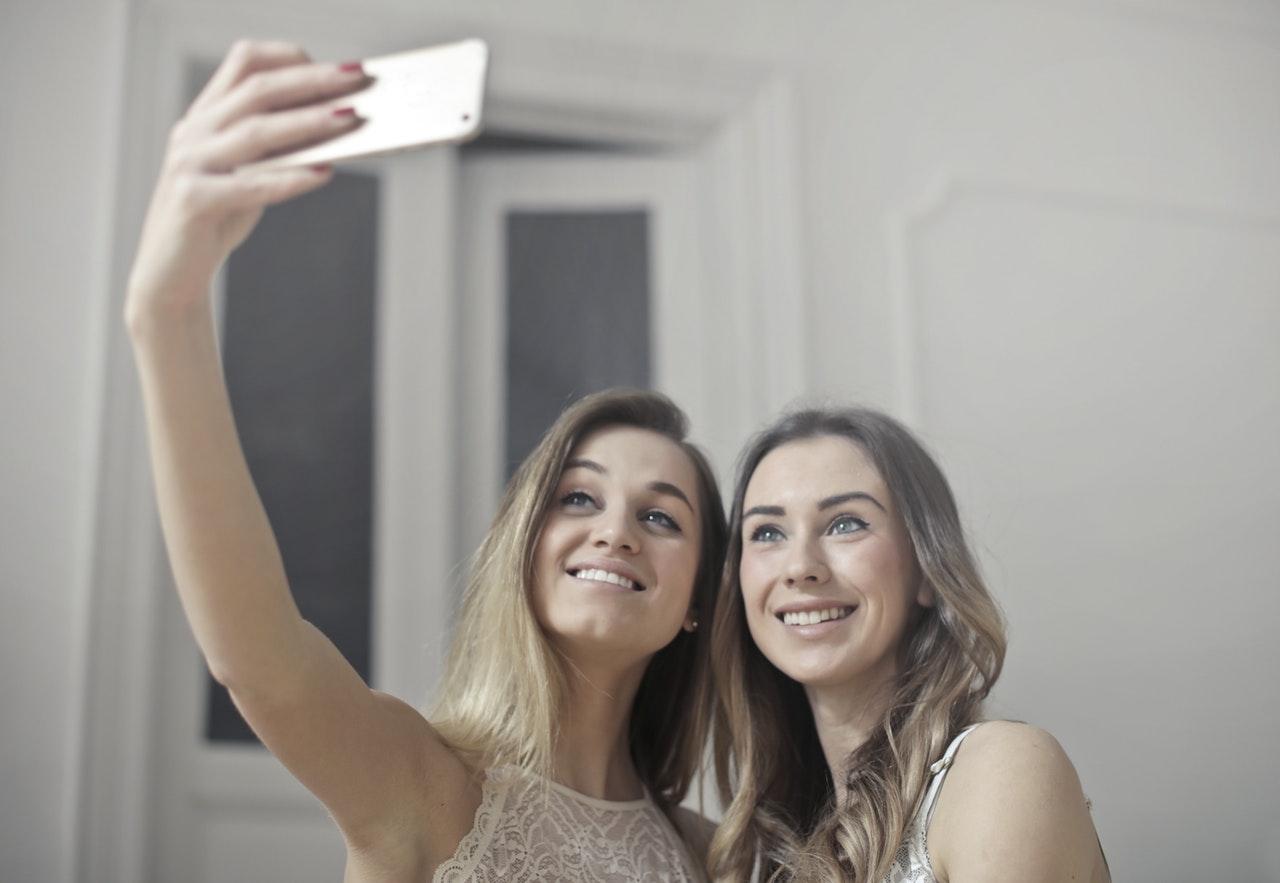 Teaching Self Confidence in a Selfie Culture