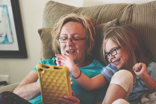 Teaching Our Kids Gratitude: A Simple Way to Keep a Family Journal