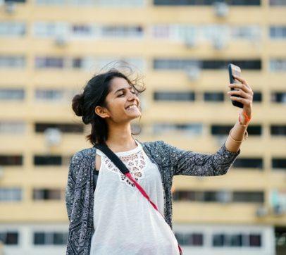 Enseñando a nuestros hijos a cambiar el mundo con sus teléfonos